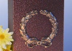 Wreath Aluminum with a Bronzed Enamel Finish Urn