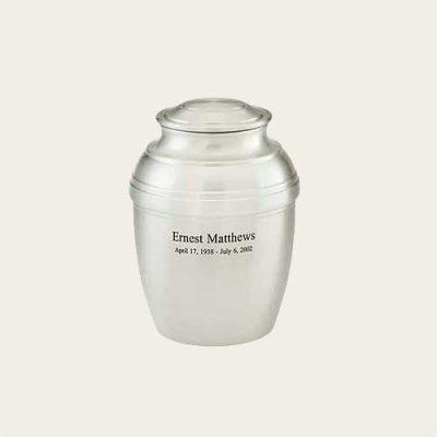 Sophisticated Metal Norfolk Pewter Stainless Steel Urn