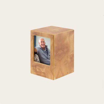 Economy Simplicity Oak Veneer Urn